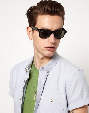 Image 3 ofRay-Ban Wayfarer Sunglasses with Polarised Lens