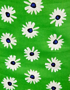 Image 3 ofASOS Pencil Skirt in Retro Daisy Print