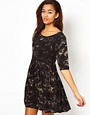 Motel Stacey Smock Dress In Smoke Print