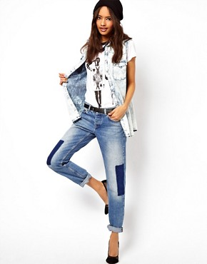 Image 4 ofASOS Brady Slim Boyfriend Jeans With Shadow Detail