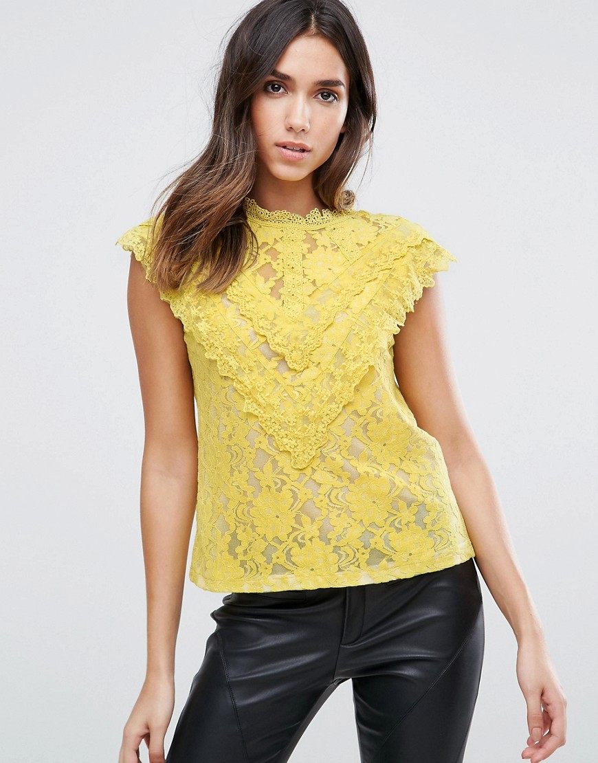 Amy Lynn Crochet Lace Top With Ruffle Detail - Black