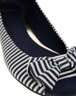Image 2 ofASOS LAKE Stripe Bow Ballet Pumps