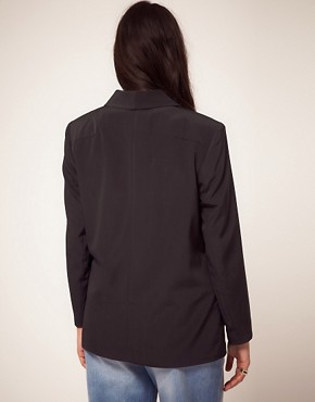 Image 2 ofASOS CURVE Loose Fit Blazer