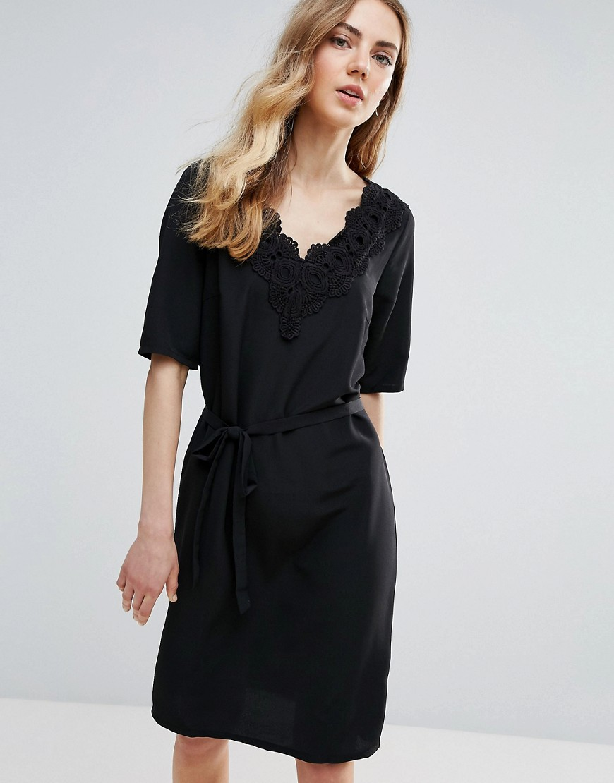 Ichi Lace Trim Shift Dress - Black