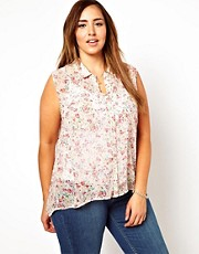 New Look Inspire Sleeveless Pretty Floral Blouse