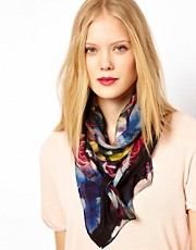 Beta Diamond Flower Fine Wool Scarf
