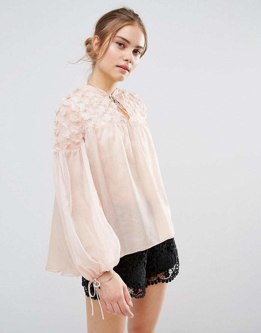 endless-rose-sheer-flower-applique-blouse-pink