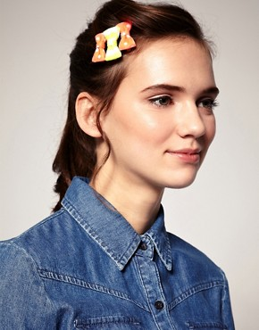 Image 3 ofLimited Edition Spot &amp; Stripe Neon Bow Clip