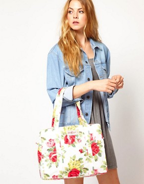 Image 3 ofCath Kidston Large Zip Bag