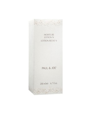 Image 2 ofPaul &amp; Joe Moisture Lotion 200ml