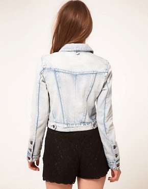 Bild 2 von ASOS  Jeansjacke in verblichener Optik