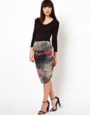 Improvd Sona Bodycon Skirt in Red Fire Print