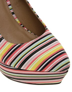 Image 3 ofASOS PARAMOUNT Pointed Wedges