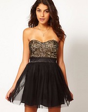 Lipsy - Prom dress con corpino in paillettes