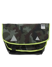 Puma Traction Messenger Bag
