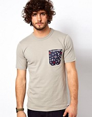 G Star - Marc Newson - T-shirt con tasca stampata a contrasto