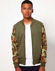 ASOS - Bomber con maniche mimetiche