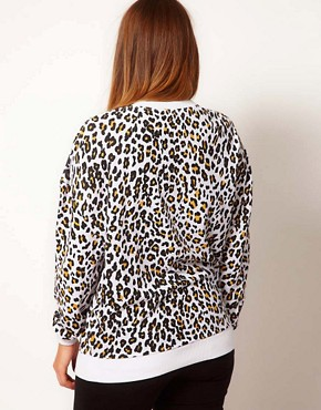Image 2 ofASOS CURVE Sweatshirt In Cheetah Print