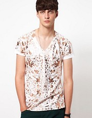 Unconditional T-Shirt with Flower Print