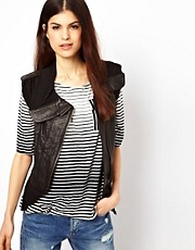 Doma Sleeveless Bomber Jacket