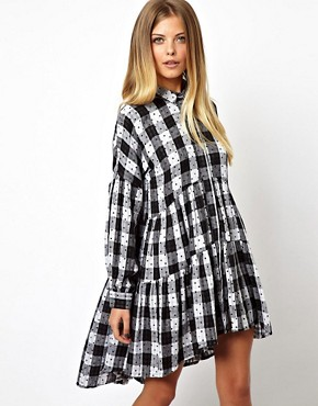 http://images.asos-media.com/inv/media/2/3/4/7/3167432/multi/image1xl.jpg