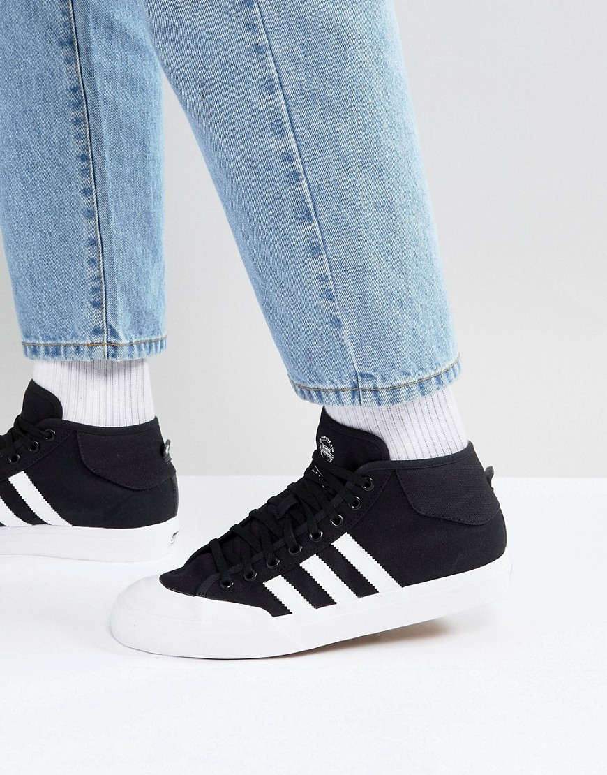 adidas Skateboarding Matchcourt Mid Sneakers In Black F37703 - Black
