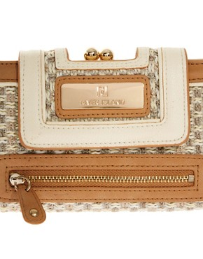 Image 3 ofRiver Island Cream Textured Granny Purse