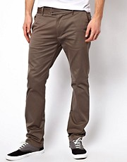 Chinos de corte slim de Diesel