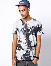 Worn By T-Shirt with Guns &amp; Roses Tie-Dye Print