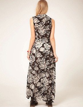 Image 2 ofMinkpink &#39;Shadow of Doubt&#39; Floral Maxi Dress