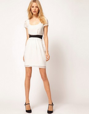 Image 4 of ASOS Tulip Dress With Contrast Bow