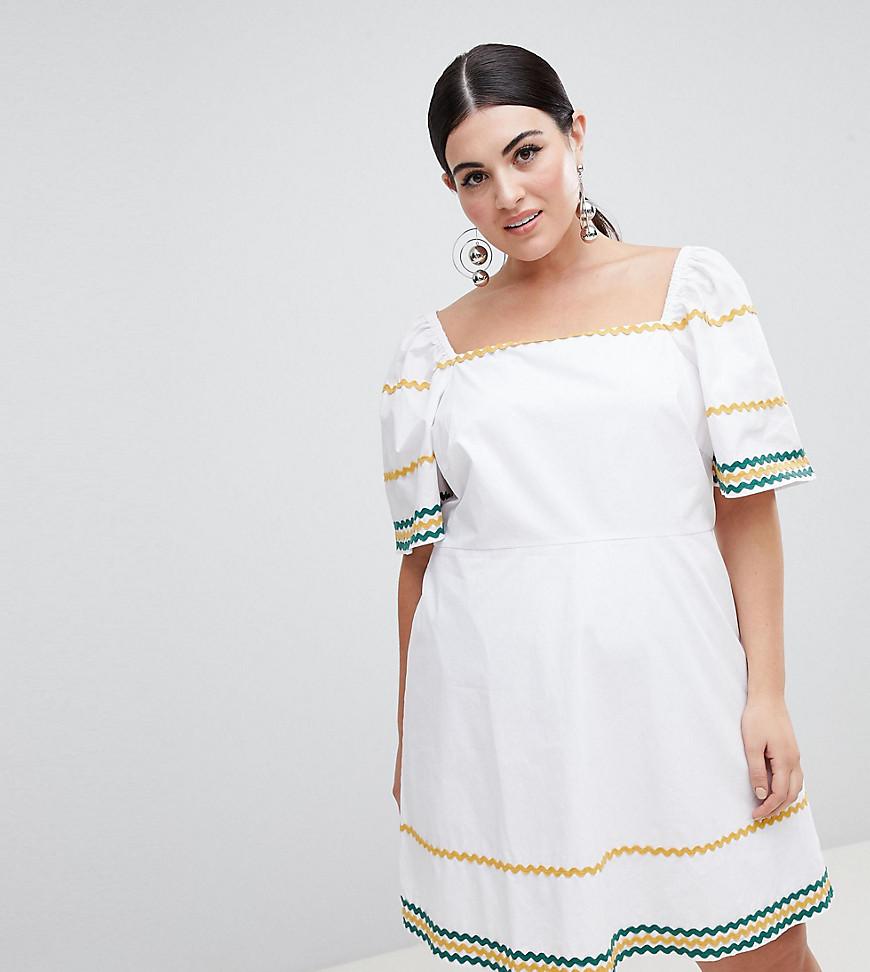 Чайное платье с квадратным вырезом и волнообразной отделкой Fashion Un от Fashion Union Plus