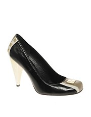 L.A.M.B. Contrast Court Shoe