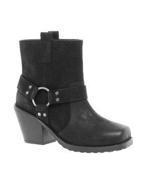 Image 1 ofASOS ACCURATE Leather Ankle Boots