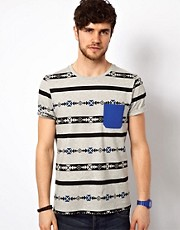 ASOS  Gestreiftes T-Shirt mit Aztekenmuster und Kontrasttasche