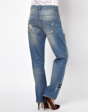 Image 2 ofASOS Saxby Boyfriend Jeans in Light Wash Vintage Rip and Repair