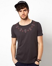 ASOS T-Shirt With Skull And Star Yoke Print