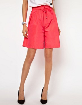 Image 4 ofLulu &amp; Co Taffeta Shorts in Pink