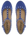 Immagine 2 di New Look - Kupid - Scarpe blu borchiate con cinturino a T