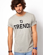 ASOS &ndash; Trendi &ndash; T-Shirt mit Aufdruck