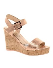 Ted Baker Breen Metallic Wedges