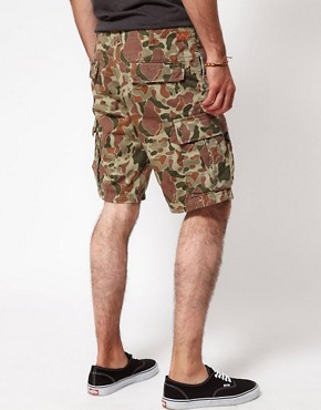 Image 2 ofEdwin Bermuda Shorts Regular Fit Camouflage