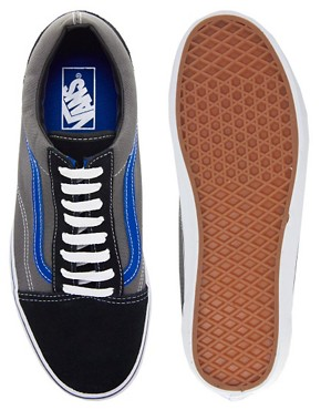 Image 3 ofVans Old Skool Plimsolls