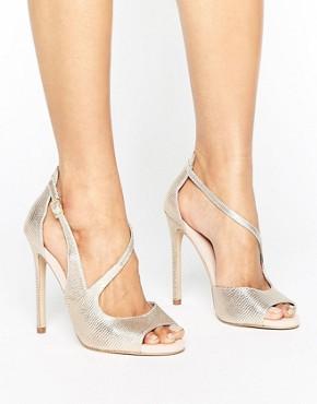 Босоножки на каблуке с асимметричными ремешками и эффектом металлик Ca