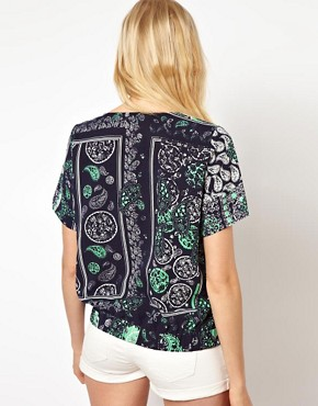 Image 2 ofSelected Printed Woven Shell Top with Pockets