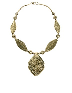 Image 2 ofMango Statement Hollow Gold Necklace