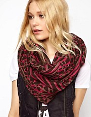 New Look Highlight Animal Scarf