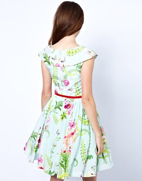 Image 2 ofTed Baker Dress with Full Skirt in Wallpaper Flower Print