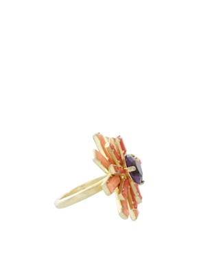 Image 4 ofLes Nereides Vintage Style Floral Ring