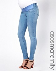 ASOS Maternity  Ridley  Superenge Rhrenjeans in Eisblau